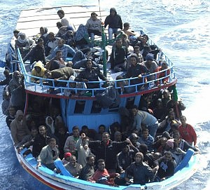 Uno dei disperati viaggi dei migranti via mare