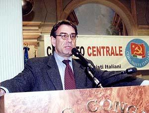 Oliviero Diliberto, interviene ad un Comitato Centrale del Pdci