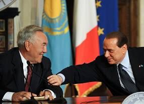 Il dittatore Kazaco, Nazarbayev e Silvio Berlusconi