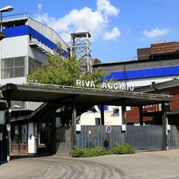 Uno dei sette stabilimenti a rischio chiusura, secondo il ricatto padronale dei Riva.