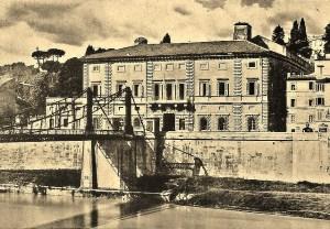 Ponte di ferro, Palazzo Salviati